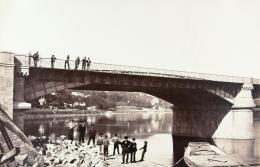 Édouard Baldus: Pont de la Mulatière, Lyon. Albuminabzug, aus dem Album: Chemins de fer de Paris à Lyon et à la Méditerranée, 1861–1863