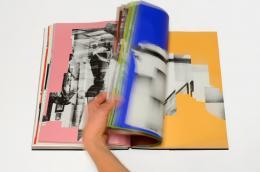 Katharina Gaenssler: HD (Turm) D LC, 2013. Buchobjekt, 35 × 25 × 3,5 cm;  248 Fotografien, 252 Seiten