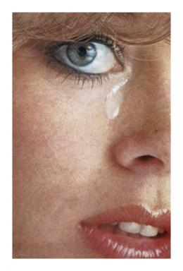 Anne Collier: Woman Crying #1, aus der Serie Women Crying, 2016. © Anne Collier; Courtesy of the artist; Anton Kern Gallery, New York; Galerie Neu, Berlin; and The Modern Institute/Toby Webster Ltd., Glasgow