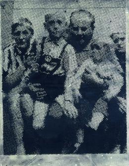 Sigmar Polke (1941-2010): Familie I, 1964. Dispersionsfarbe auf Leinwand, 160 x 125 cm; Sammlung Elisabeth und Gerhard Sohst in der Hamburger Kunsthalle. © VG Bild-Kunst, Bonn 2019