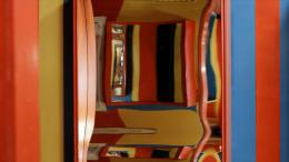 Mirror Maze, 2019 2-Kanal 4K Video, Loop, Farbe, ohne Ton Videostill © Dorit Margreiter