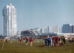 Kiel Mettenhof; Hans Konwiarz, Neue Heimat Hamburg und Neue Heimat Kiel, 1964–1972. Foto: 1974; © Hamburgisches Architekturarchiv