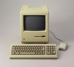 Apple Macintosh Plus 1 von 1986 © Schweizerisches Nationalmuseum