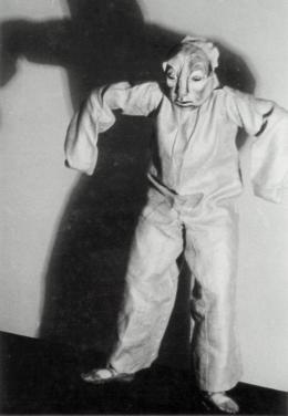 "Hilde Holger in ""Golem"", Wien, 1937, Foto: Anonym,  © Hilde Holger-Archive London"