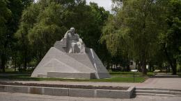 Iwan Kawaleridse, Denkmal für Taras Shevchenko, (1925), 2019 Poltawa, Ukraine Foto: © Artur Ayoran