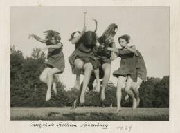 Tanzschule Hellerau-Laxenburg, 1929, Foto: Wilhelm Willinger,  Theatermuseum © KHM-Museumsverband
