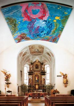 12468-12468innenansichtderpfarrkirchevonmayrhofenmitdemdeckenbildrosevonjericho.jpg