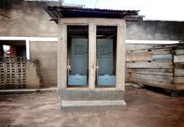 Urine Trap (Schema, Schnitt durch eine Spültoilette), 2019 © EOOS/grafisches Büro