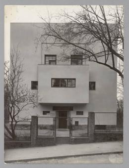 Adolf Loos, Haus Moller, Wien XVIII., Straßenfassade, 1927/28 Foto: © Martin Gerlach jun., 1930 © Albertina, Wien