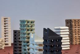 MAK-Ausstellungsansicht, 2021, Franz Josef Altenburg. Block, Haus, Turm, Gerüst, Rahmen MAK FORUM © MAK/Georg Mayer