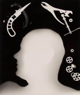The Plumber, Albert Bishop , 1947 Fotogramm, Gelatinesilberabzug 40,5 × 33,5 cm © Courtesy Len Lye Foundation Collection, Govett-Brewster Art Gallery/Len Lye Centre