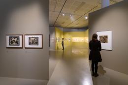 """Blick in die Ausstellung """"Egger-Lienz und Otto Dix. Bilderwelten zwischen den Kriegen"""" im Tiroler Landesmuseum Ferdinandeum  © Wolfgang Lackner"""