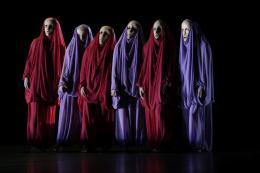 Danse Macabre. Totentanz II. Mary Wigman; Theater Osnabrück. Foto: © Jörg Landsberg