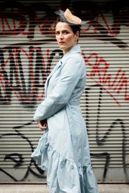 """Susanne Gschwendtner als Eliza Doolittle aus """"Pygmalion"""" von George Bernard Shaw © Timotheus Tomicek"""