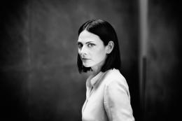 Porträt Bettina Pousttchi, Foto: Jim Rakete