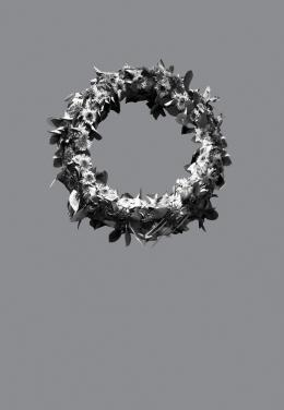 "Orit Ishay, ""18% gray, 54% gray und 72% gray"", achtteilige Fotoserie aus: ""Terribly Pretty"", 2014 Fine Art-Print, 60x40cm"