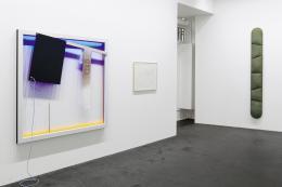 »Idee – Konzept – Objekt« | Gruppenausstellung, Ausstellungsansicht Häusler Contemporary München, 2019 | Foto: Günter König