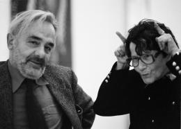 Maria Lassnig und Arnulf Rainer während einer Ausstellungseröffnung in Wien, 1999, Foto: Heimo Rosanelli