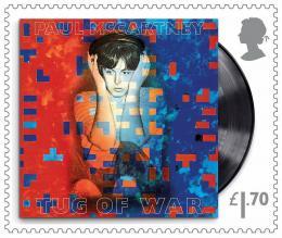 Eine der Briefmarken mit dem Conterfei von Paul McCartney (© Royal Mail)