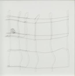 Cornelia Parker, Bullet Drawing, No. 13, 2008, Draht, von einem Projektil gezogen, in Glas gefasst, Donation de la Collection Florence et Daniel Guerlain, 2012 Centre Pompidou – Musée National d'Art Moderne, Paris © Cornelia Parker © Adagp, Paris