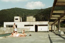"""Filmstill aus """"Off Season"""" (c) Andrea Kalinova"""