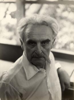 Richard Neutra, um 1960  © Österreichische Nationalbibliothek, Bildarchiv und Grafiksammlung