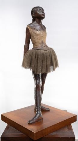Edgar Degas (1834–1917), Kleine 14-jährige Tänzerin, 1878/79–1881, Bronze H. 98 cm Europäische Privatsammlung Foto: Städel Museum - Horst Ziegenfusz
