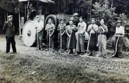 Wegebau in Perbersdorf bei St. Veit am Vogau, Anfang der 1950er Jahre,  unbekannter Fotograf, Privatbesitz Familie Gröbacher